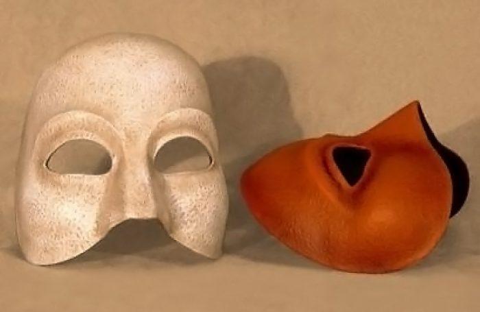 Masque theatre demi neutre